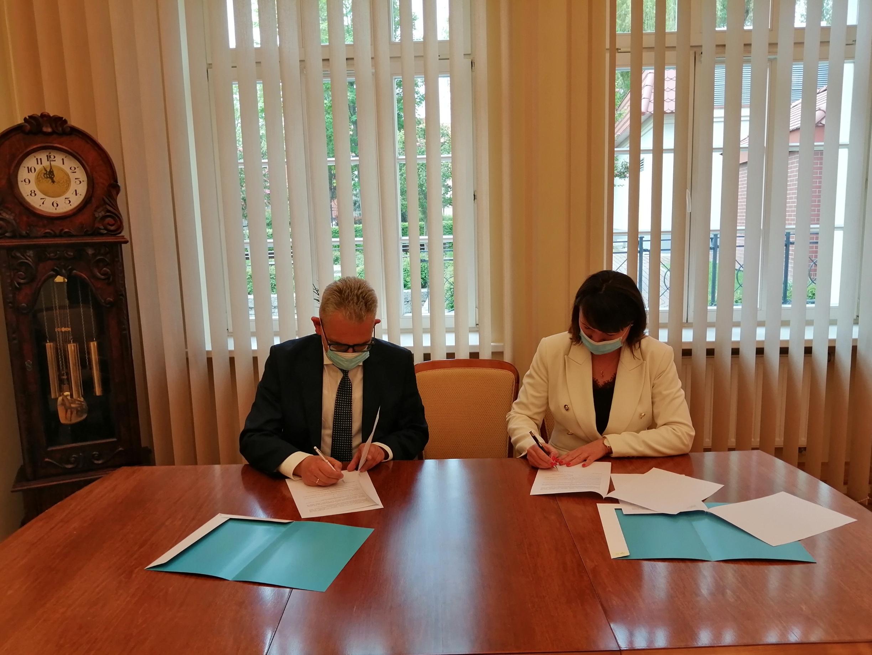 Ilustracja do informacji: Porozumienie UZ-MOPS 2021 r.